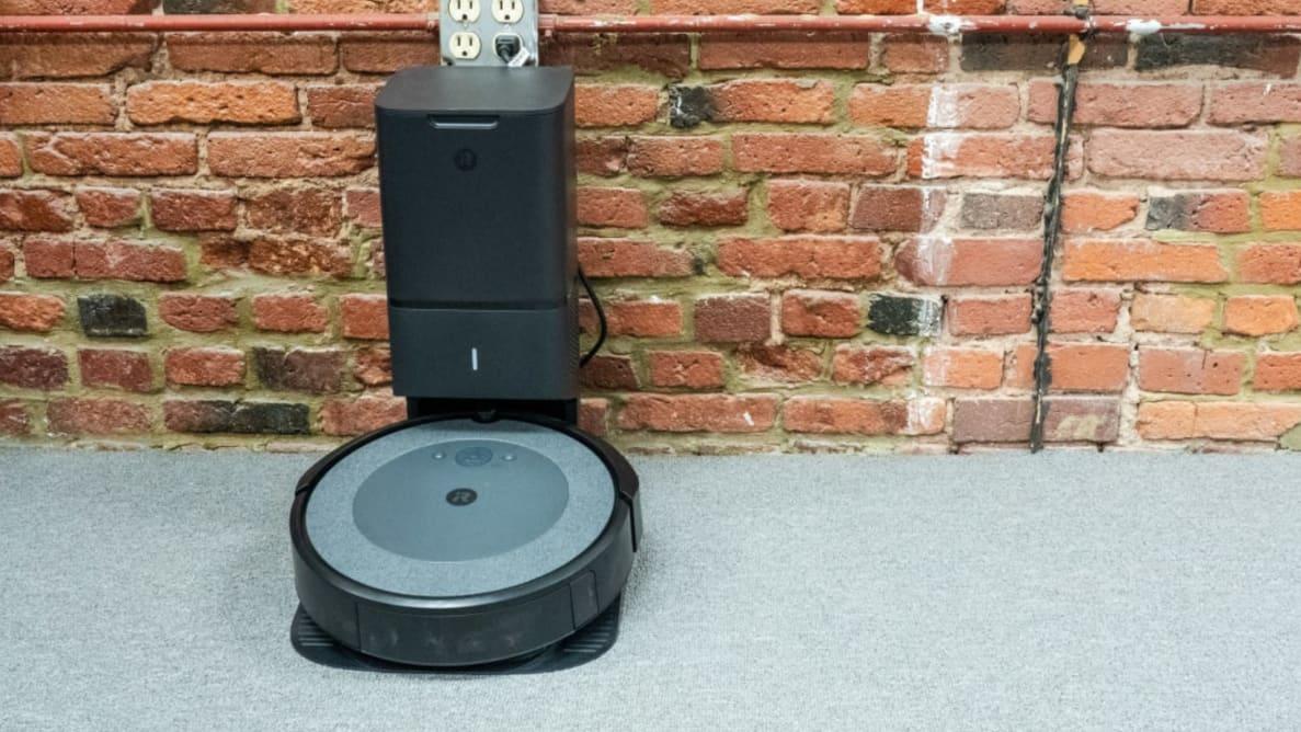 Robot aspirator iRobot Roomba i3+ (i3554) : Review si Pareri utile